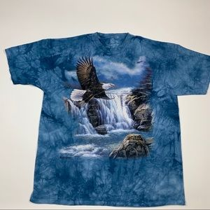 The Mountain Retro Graphic Eagle T-Shirt